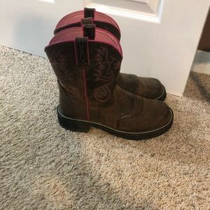 Ariat Shoes - Women's Ariat Boots, Size 10B